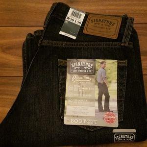 Men's Signature. Levi's Straus & Co. Jeans